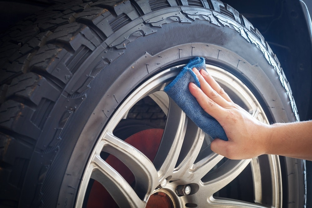 Getting the Best Tire Shine/Tire Dressing for Your Vehicle