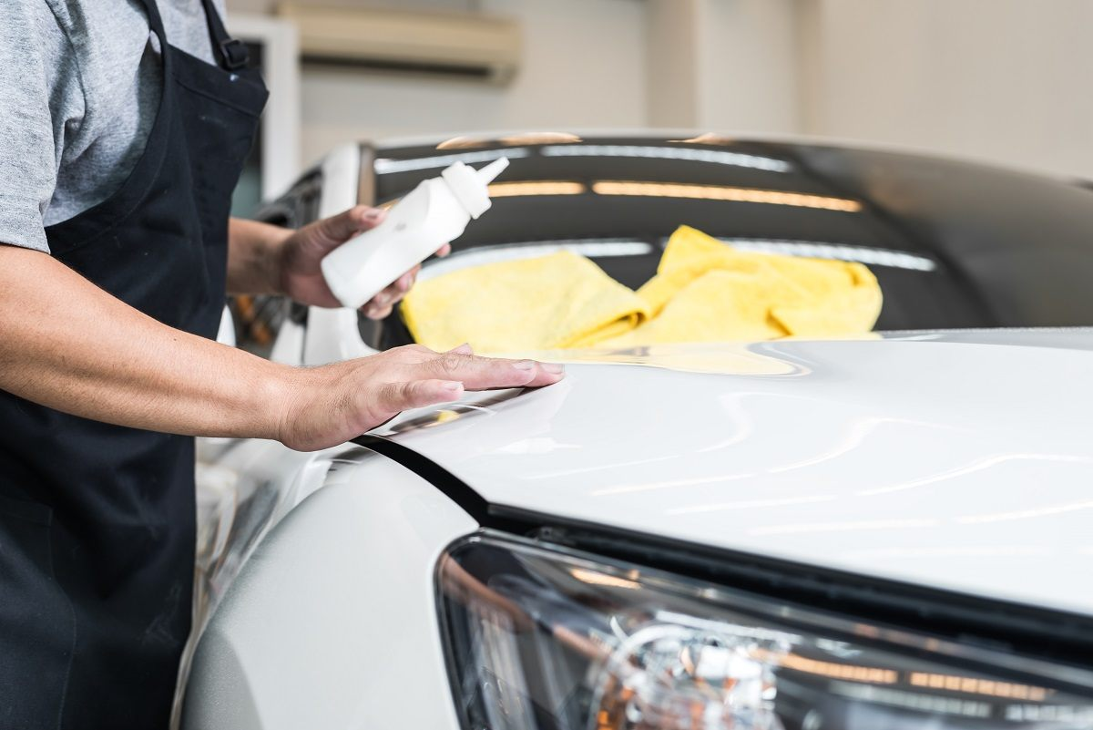best-car-wax-for-white-cars