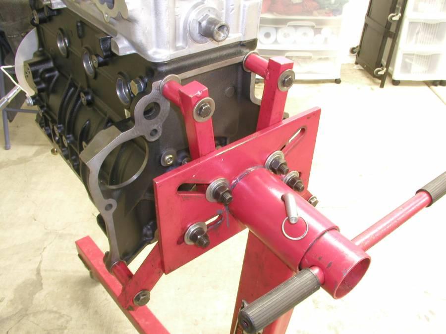 1-Ton OEMTOOLS 24834 Folding Engine Stand